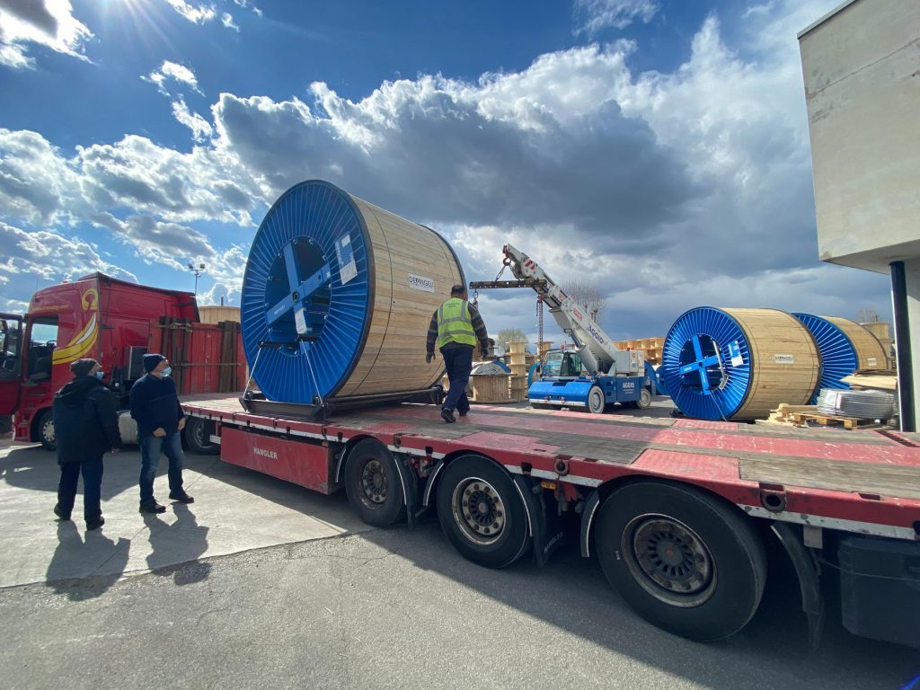 Coil truck transport conductor Norway